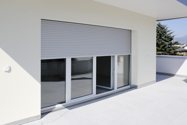 mehrfamilienhaus lachen rufalex rollladen systeme ag. Black Bedroom Furniture Sets. Home Design Ideas