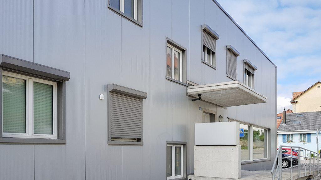 Graue Fassade graue fassade rufalex rollladen systeme ag